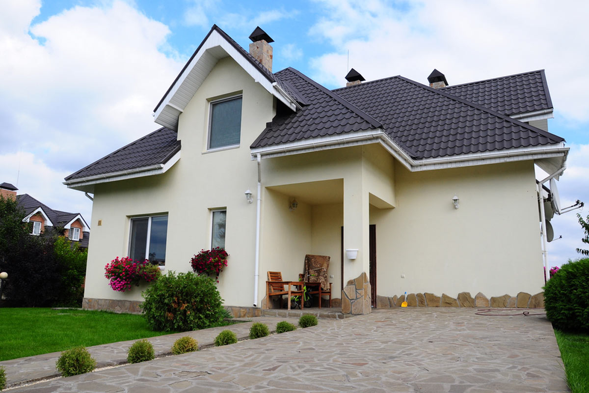 2021 Metal Roof Cost Vs Shingles Average Prices Per Square Foot