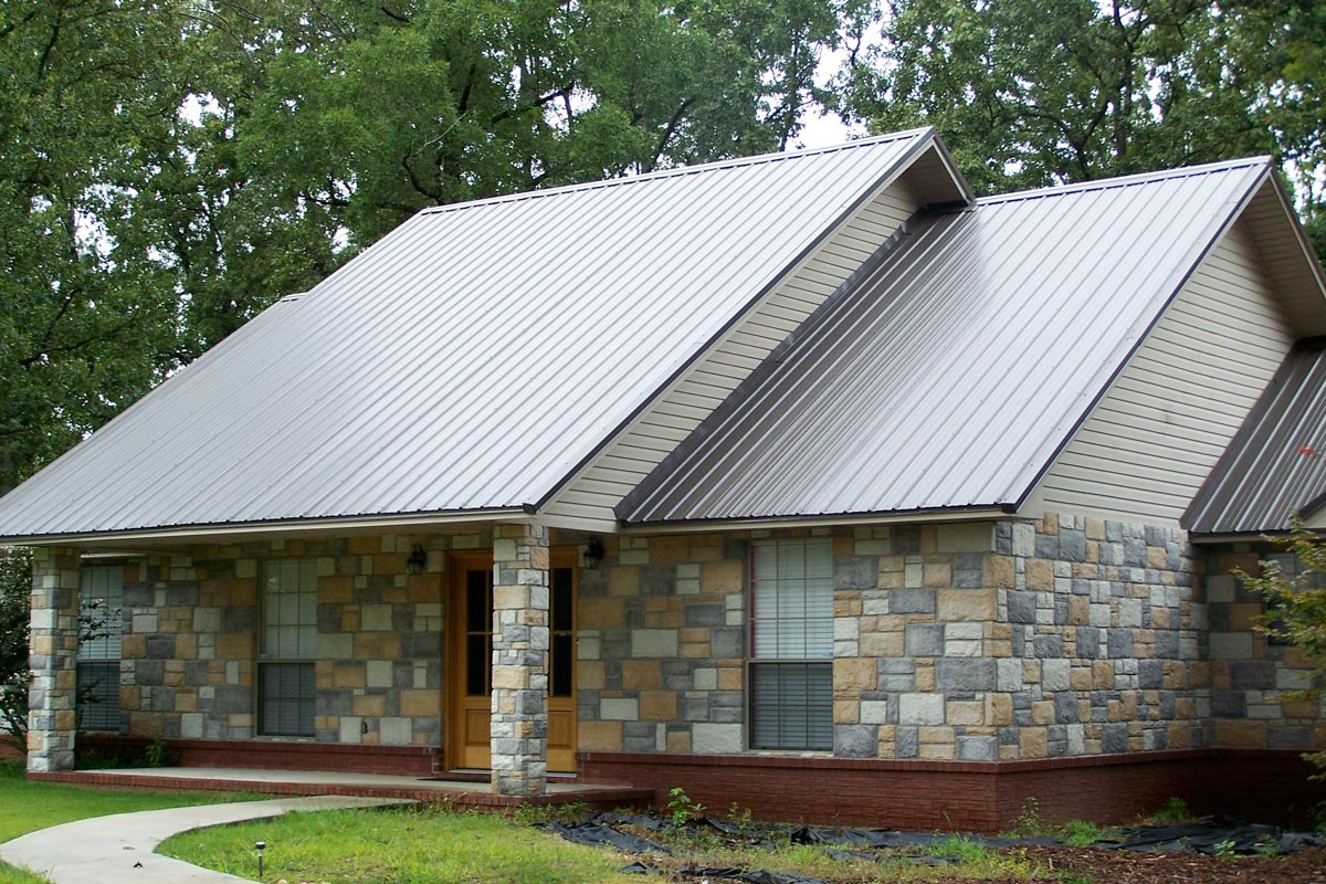 2020 Metal Roof Cost Vs Shingles Average Prices Per Square Foot