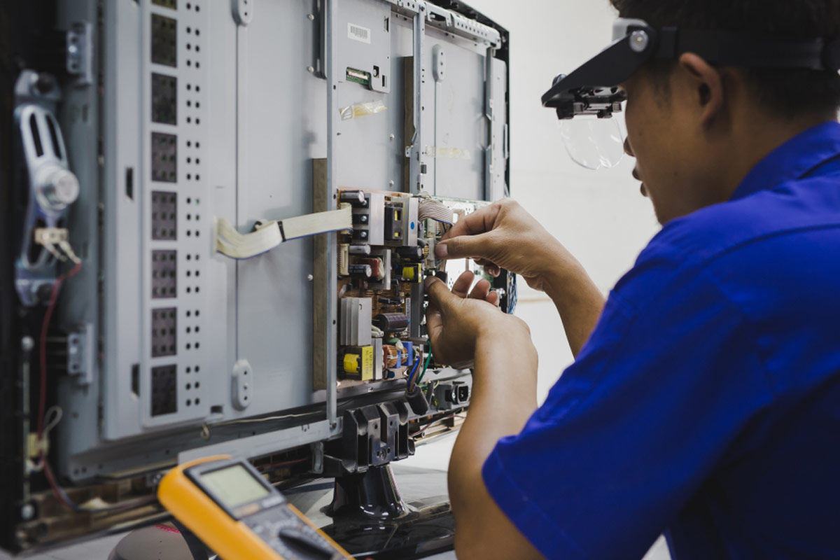 Circuit Board Repairs Inhouse Or In Our Service Facility