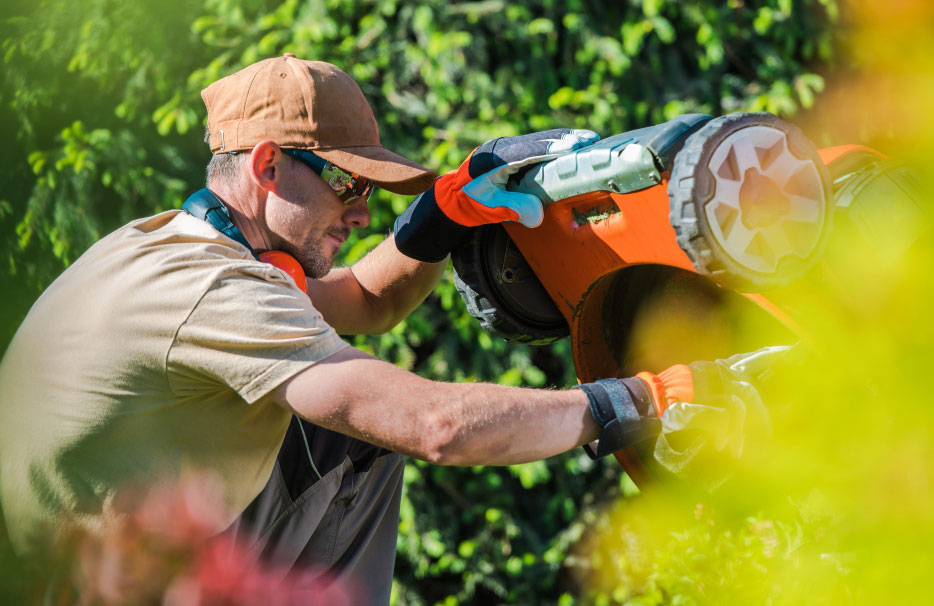 2019 Lawn Mower Repair Cost (with Local Prices) // HomeGuide