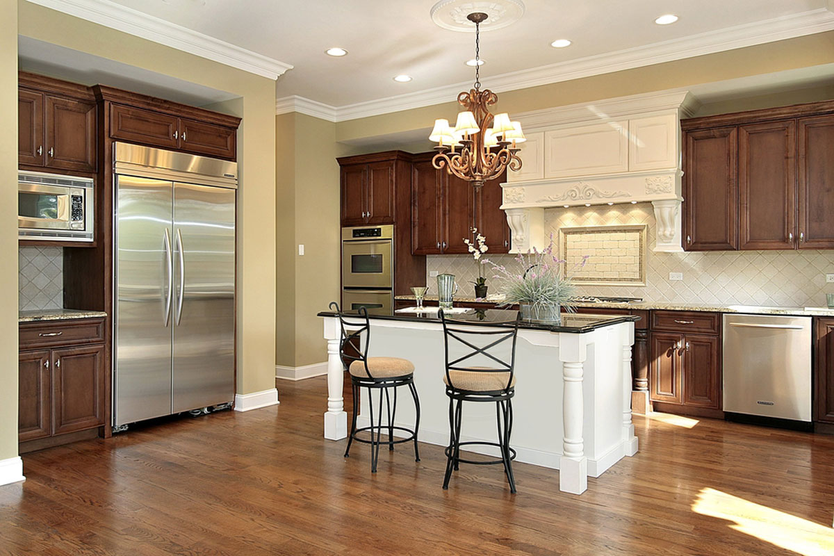 2020 Crown Molding Costs Per Foot Prices Cost To Install