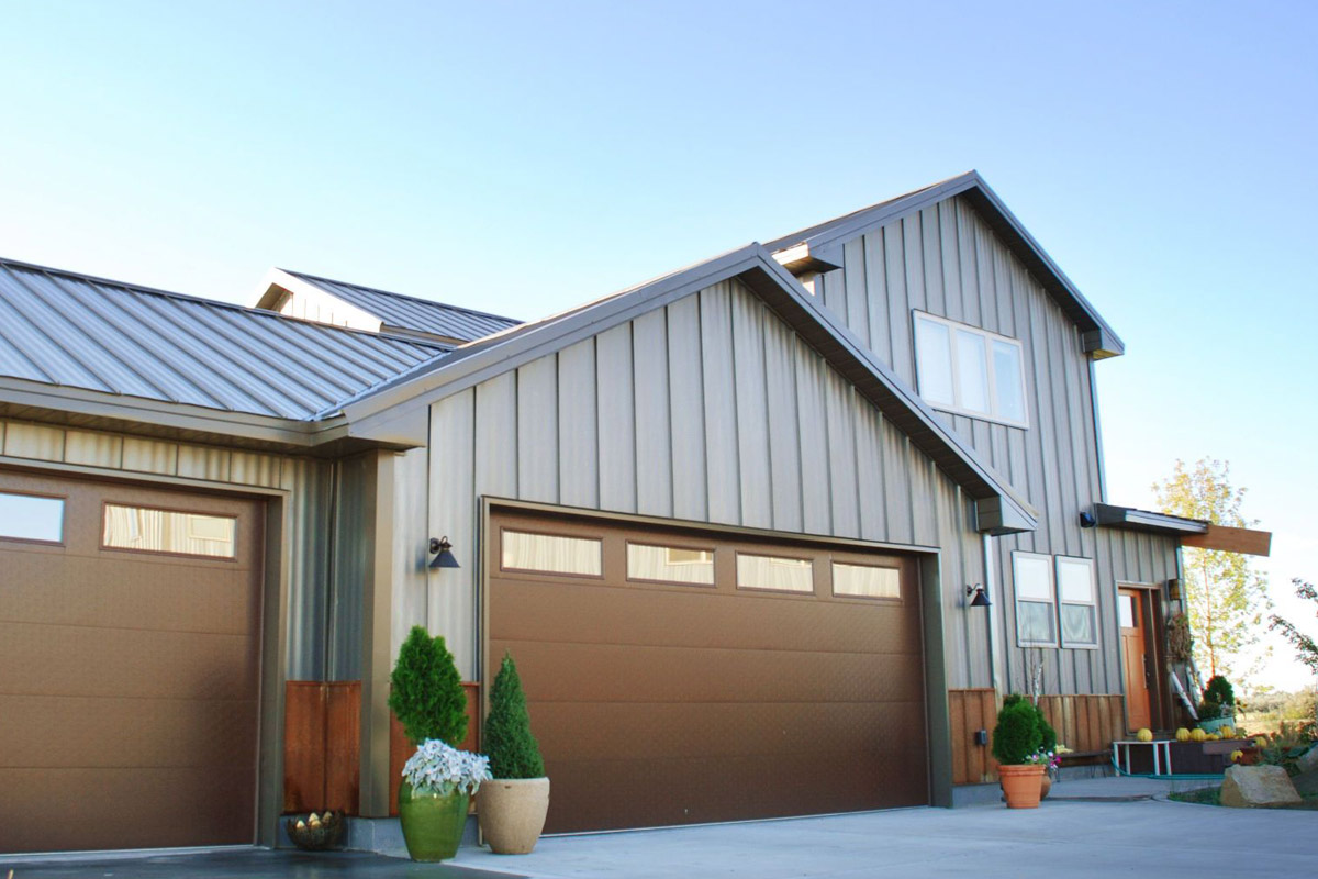 2019 House Siding Costs Average Prices To Replace Amp Reside