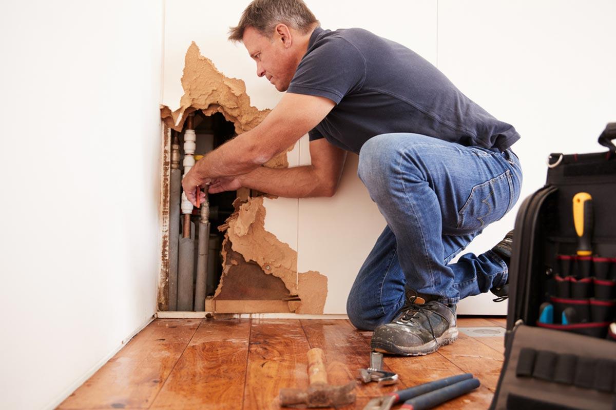 2021 Plumbing Cost Estimates | Average Leaks, Pipe Repairs & Replacements