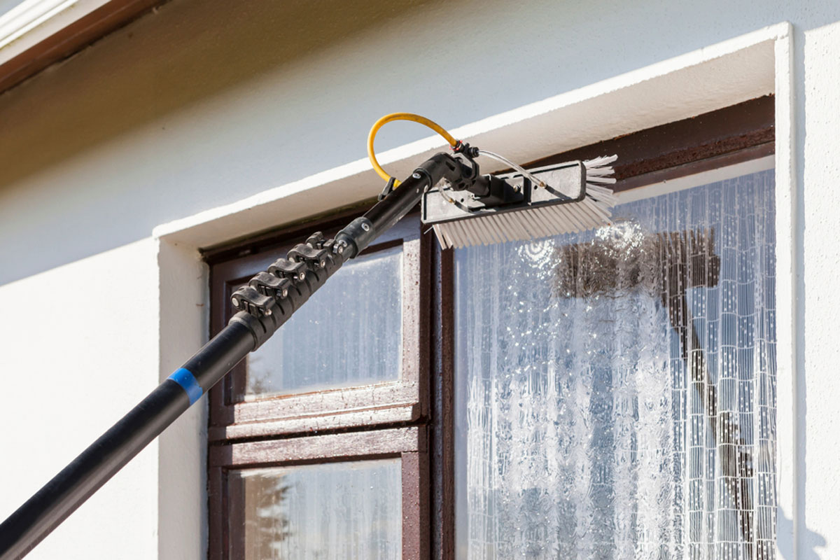 window cleaner near me prices